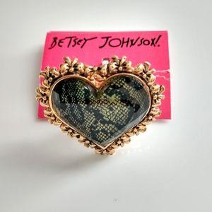 Betsey Johnson Heart Shape Ring